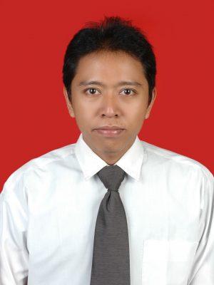 Leo Yopi, S.E.
